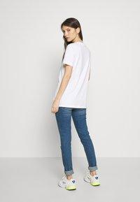 adidas Originals - TEE - Print T-shirt - white - 2