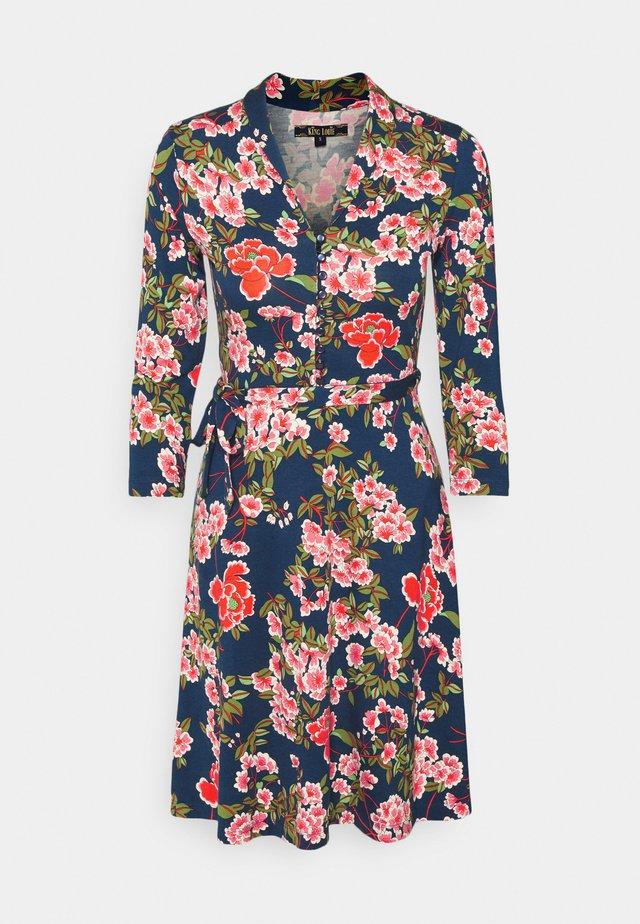 EMMY DRESS - Denní šaty - tokyo blue