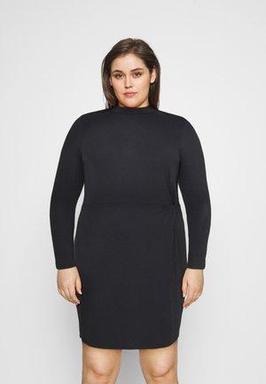 VMNORA SHORT DRESS CURVE - Žerzejové šaty - black