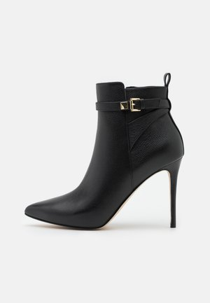 FANNING BOOTIE - Kotníková obuv na vysokém podpatku - black