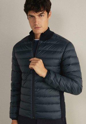 LANGÄRMELIGE - Light jacket - blau