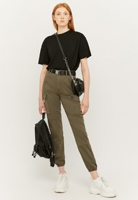 TALLY WEiJL - Cargo trousers - green - 1