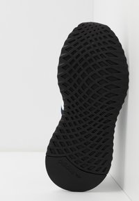 adidas Originals - PATH RUN - Trainers - collegiate navy/footwear white/core black - 5