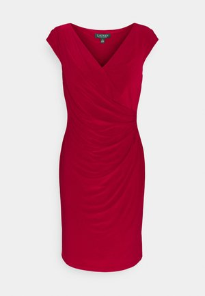 MID WEIGHT DRESS - Shift dress - vibrant garnet