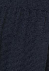 Vero Moda Tall - VMALICE DRESS - Vestido ligero - navy blazer - 2