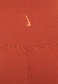Nike Performance - Tights - rugged orange/light sienna - 5