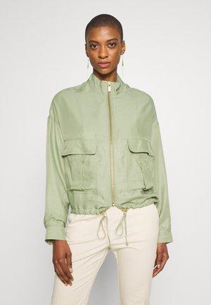 BOMBER JACKET SAFARI LOOK - Summer jacket - safari green