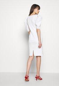 Bardot - FERGIE DRESS - Juhlamekko - ivory - 2