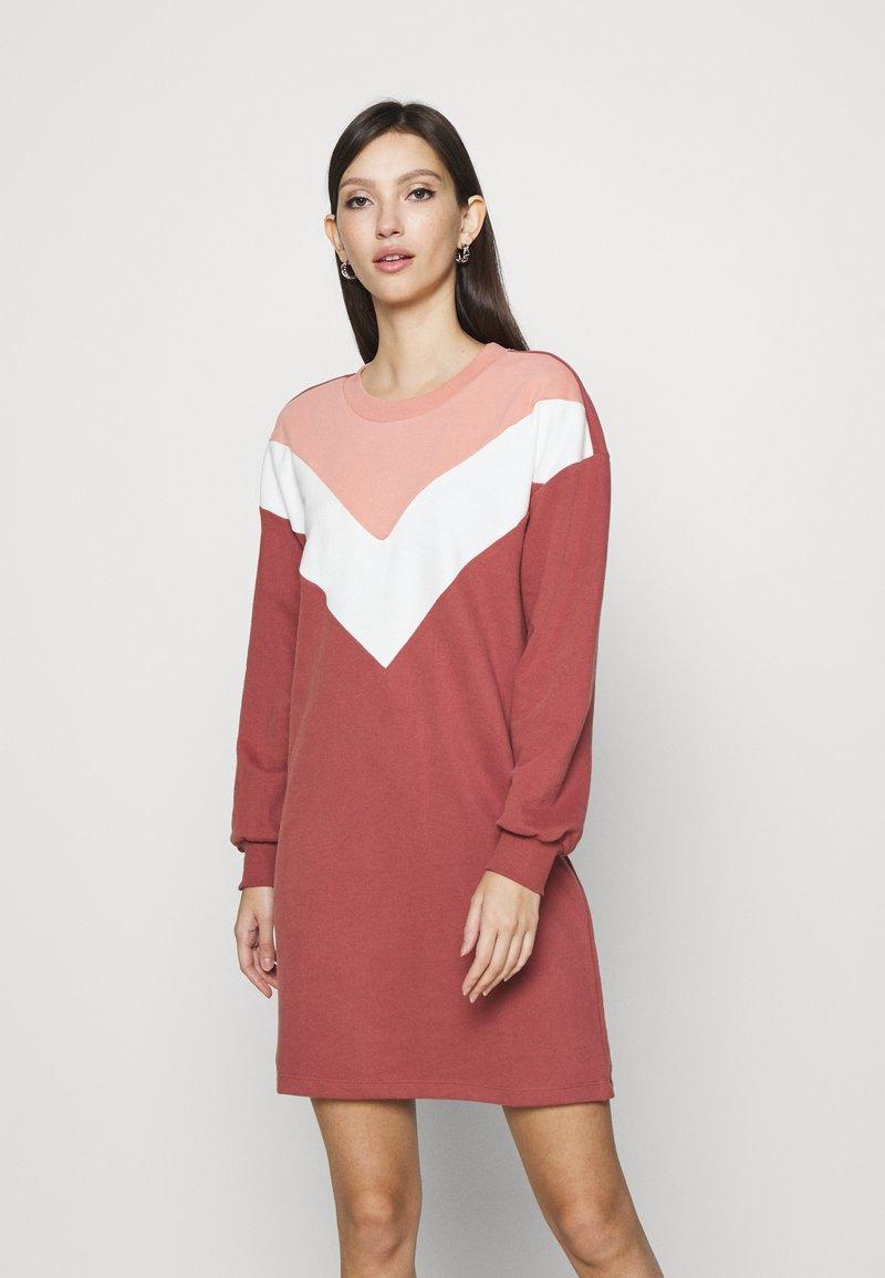 ONLY - ONLASHLEY DRESS  - Kjole - rose dawn/color blocking rose/cd/ap