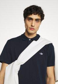 Selected Homme - SLHNATHAN - Polo shirt - navy blazer - 4