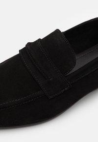 Zign - LEATHER - Scarpe senza lacci - black - 5