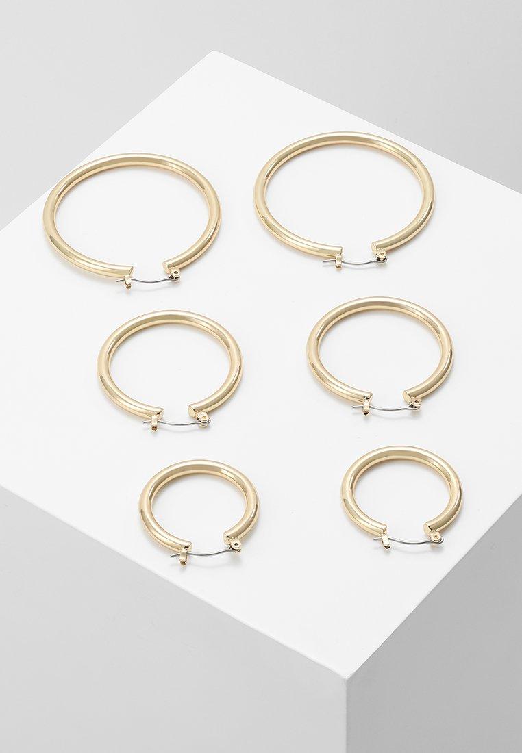 Pieces PCSELINDA EARRINGS 3 PACK - Øredobber - gold-coloured/gull P82jSq5PsPYBAej