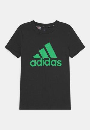 UNISEX - T-shirts print - black/semi screaming green