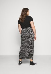 CAPSULE by Simply Be - LEOPARD PRINT TUBE SKIRT - Mini skirt - black/grey - 2