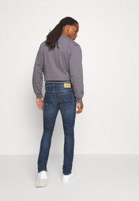 Diesel - D-LUSTER - Slim fit jeans - 009el 01 - 2