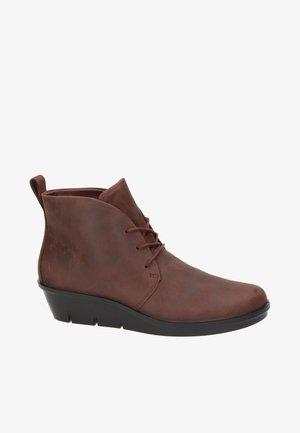 SKYLER DAMES - Veterboots - brown