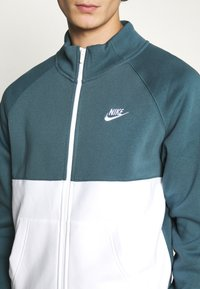 Nike Sportswear - SUIT SET - Tuta - ash green/white - 8