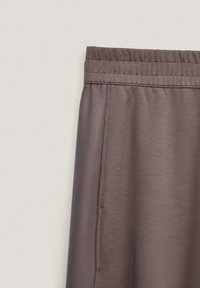Massimo Dutti - Tracksuit bottoms - brown - 2