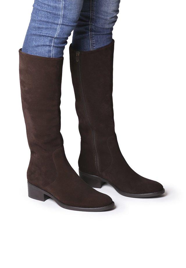 TIROL-SY - Boots - marro