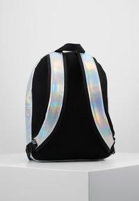 adidas Originals - Batoh - silver metallic - 3