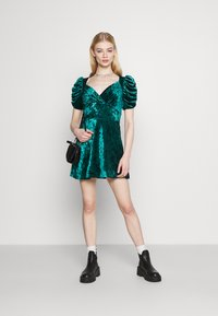 Topshop - IDOL TEADRESS - Cocktail dress / Party dress - dark green - 1