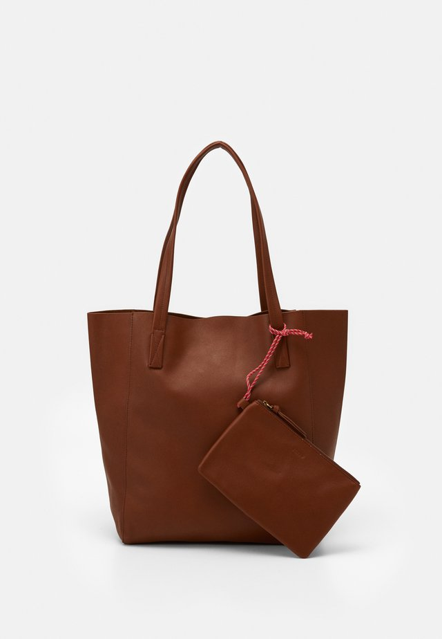 UNLINED NORTH SOUTH TOTE - Shopping bags - warm sepia