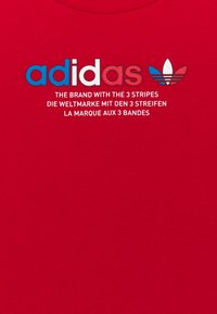 adidas Originals - TRI COLOUR LOGO UNISEX - T-shirt print - scarlet - 2