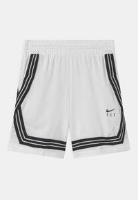 Nike Performance - FLY CROSSOVER - Urheilushortsit - white/black - 0