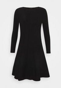Pinko - LIBERIA DRESS - Pletené šaty - nero - 0