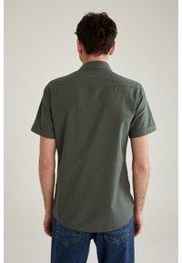 DeFacto - Shirt - khaki - 2
