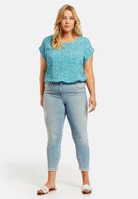 Samoon - Straight leg jeans - light blue denim - 1
