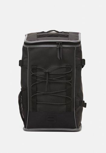 MOUNTAINEER BAG UNISEX - Zaino - black
