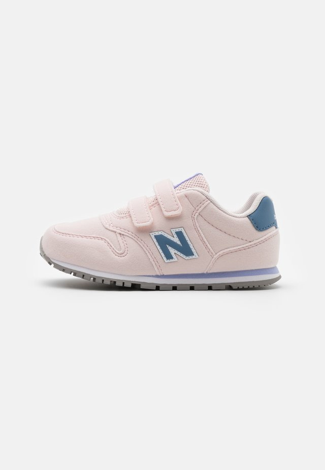 IV393CGP - Sneakers laag - pink/purple