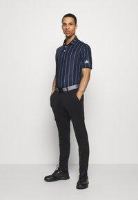 adidas Golf - ULTIMATE SPORTS GOLF SHORT SLEEVE - Funkční triko - collegiate navy/grey three/white - 1
