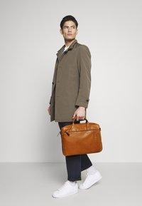 Strellson - HYDE PARK BRIEFBAG - Briefcase - cognac - 1