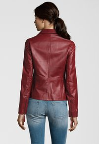 7eleven - Leather jacket - blood red - 2