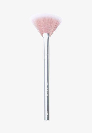 SKIN2SKIN FAN BRUSH - Makeup brush - -