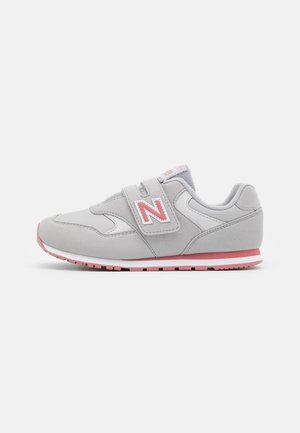 YV393CGP - Trainers - grey/pink