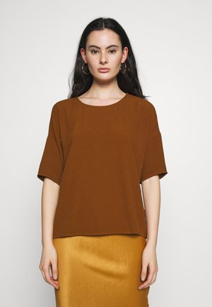 MAINS TEE  - Blouse - monks robe