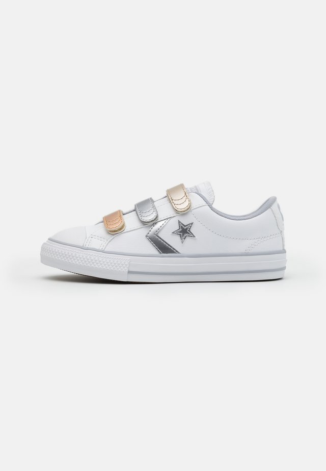 STAR PLAYER - Trainers - white/gravel/metallic