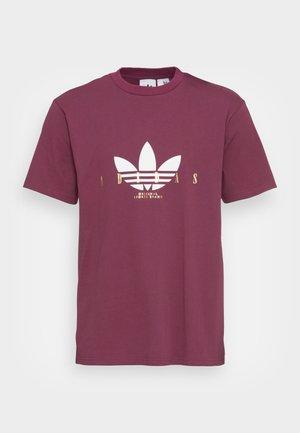 TREFOIL SCRIPT - Camiseta estampada - victory crimson