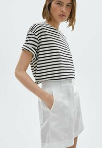 Massimo Dutti - Print T-shirt - white - 2