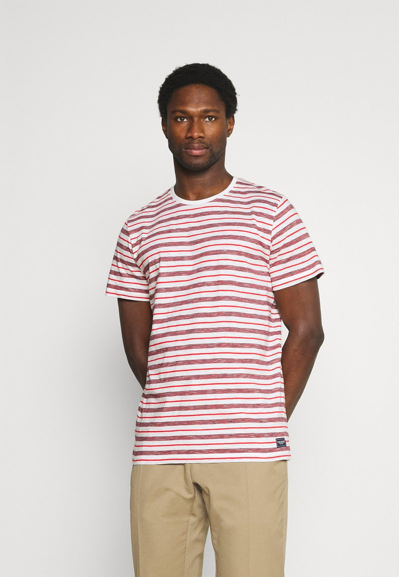 TOM TAILOR - STRIPED - T-shirt con stampa - powerful red