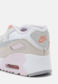 Nike Sportswear - AIR MAX 90 UNISEX - Trainers - white/platinum/violet/crimson bliss - 6