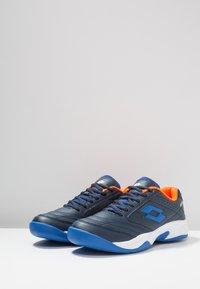 Lotto - COURT LOGO 8 ID - Zapatillas de tenis para moqueta sintética - blue - 2