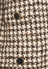 sandro - Short coat - marron/beige - 7