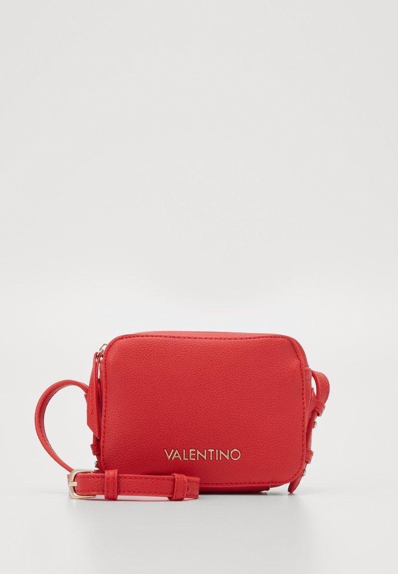 Valentino by Mario Valentino - ALMA - Skulderveske - rosso