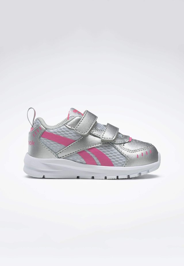 REEBOK XT SPRINTER SHOES - Neutral running shoes - silver