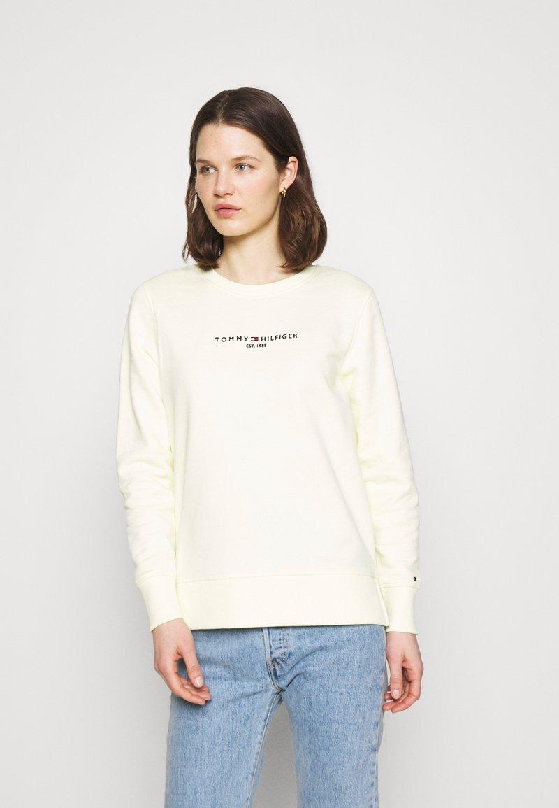 Tommy Hilfiger - REGULAR - Sweatshirt - frosted lemon