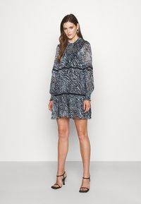 MICHAEL Michael Kors - ZEBRA TENTY MINI DRESS - Day dress - chambray - 0